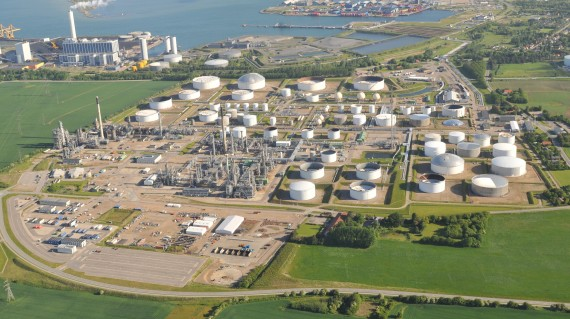Statoil's refinery in Kalundborg with Link to Statoil